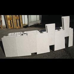 Piscine en kit Polystyrène 9x4 fond plat 1m50 avec escalier droit